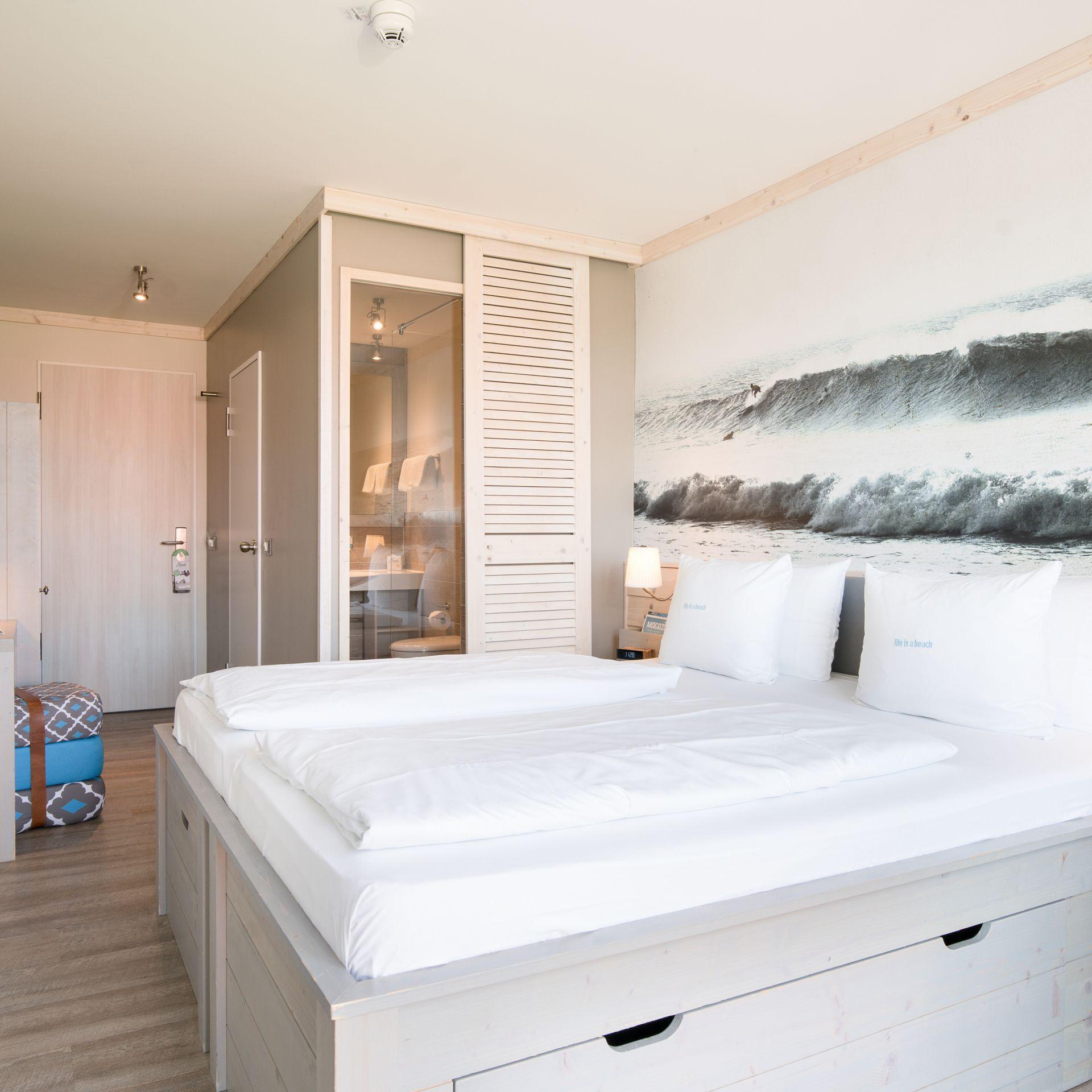 basic beach motel st peter ording. Black Bedroom Furniture Sets. Home Design Ideas